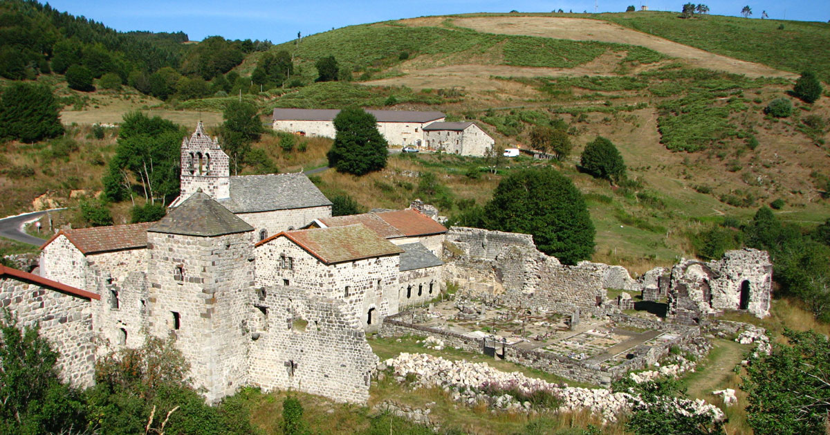 Rendez-vous sur les vestiges de l'abbaye cictercienne de Mazan